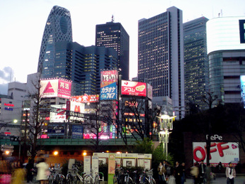Shinjuku_evening_0901_a03